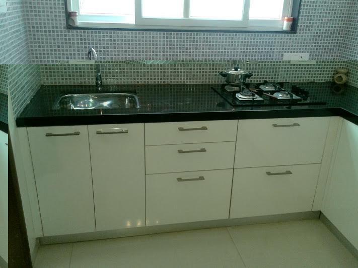 Shirkes-U-shaped-kitchen